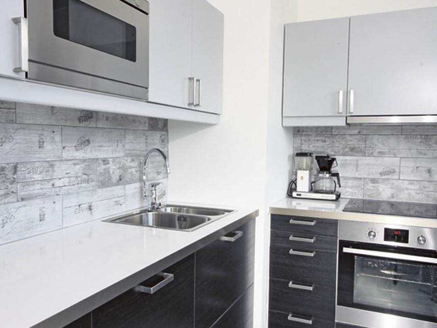 Keittiöremontti puhtaalta pöydältä  Kodin Uutiset